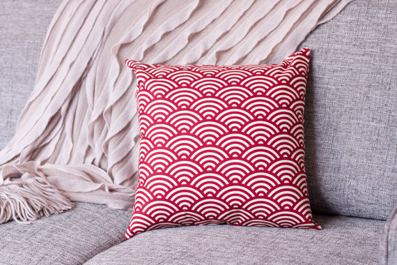 Cushion cover - Seigaiha in Maroon