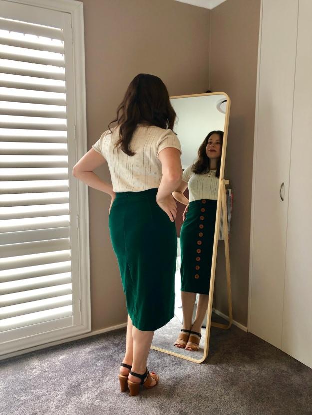 MMM_Velvet Skirt 02